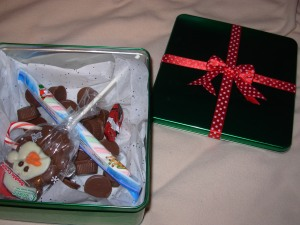 http://www.examiner.com/article/easy-food-gift-ideas-candy-jars